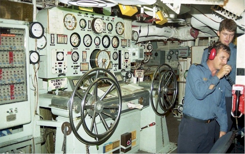 nuclear carrier engine room diagram navy ship engine room